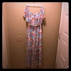 NWT New York and company off shoulder dress
